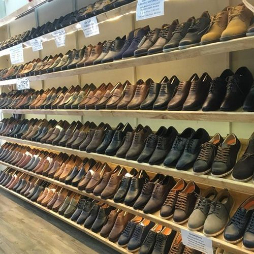 cửa hàng bán giày nam ở hà nội