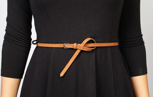 Cách đeo thắt lưng nữ