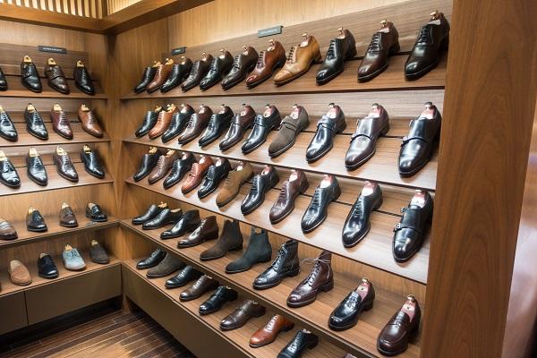 mua giày nam ở đâu đẹp hà nội