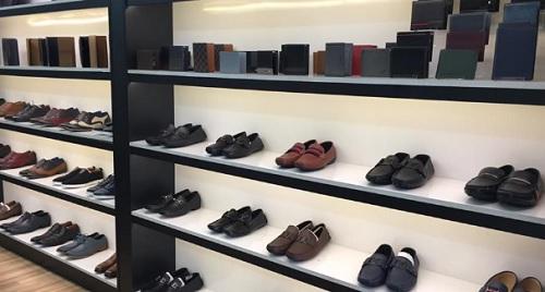 cửa hàng ví da nam tphcm