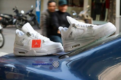 Cửa hàng giày thể thao nam tại Hà Nội