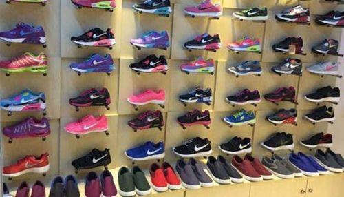 Shop giày thể thao nam Đà Nẵng