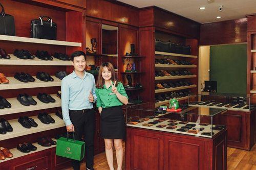 Cửa hàng bán giày da nam tại Hà Nội