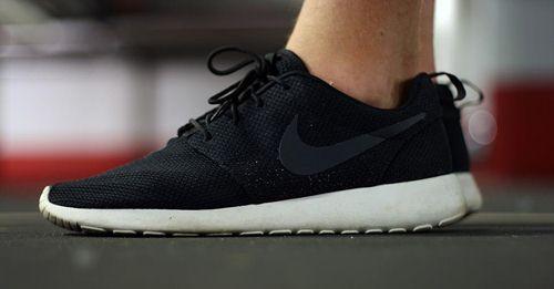 cách phân biệt giày nike