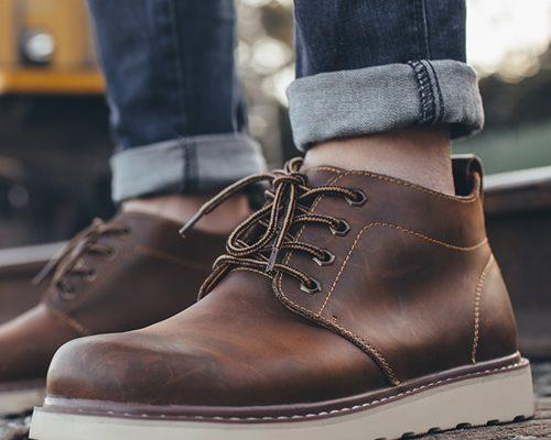 phối đồ với giày cổ cao