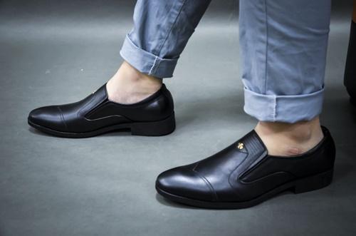 giày cỏ nam