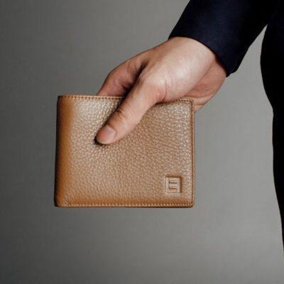 mua ví nam ở đâu