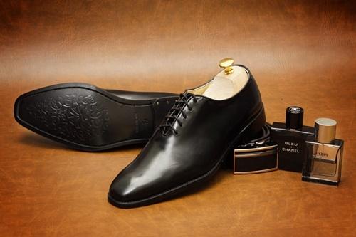 Photo of Đi tìm shop giày tây nam TPHCM uy tín và chất lượng