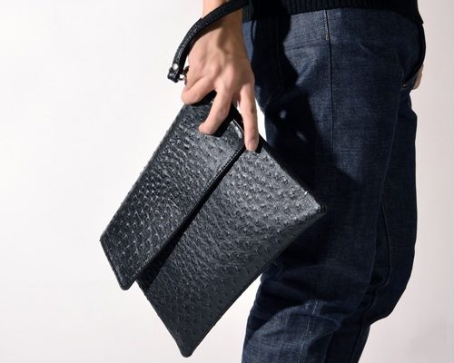 ví cầm tay clutch
