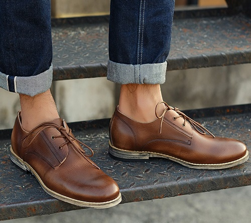 Photo of Bật mí bí quyết lựa chọn màu sắc và bảo quản giày da nam hiệu quả nhất