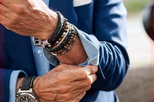vòng đeo tay nam