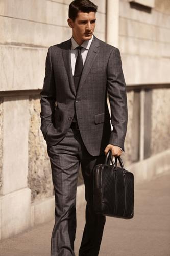 Photo of Cách chọn túi đựng Laptop phù hợp với cá tính riêng của bạn nam