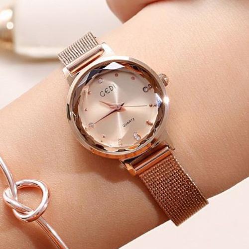 Photo of Chọn size đồng hồ nữ như một chuyên gia với 6 bước đơn giản