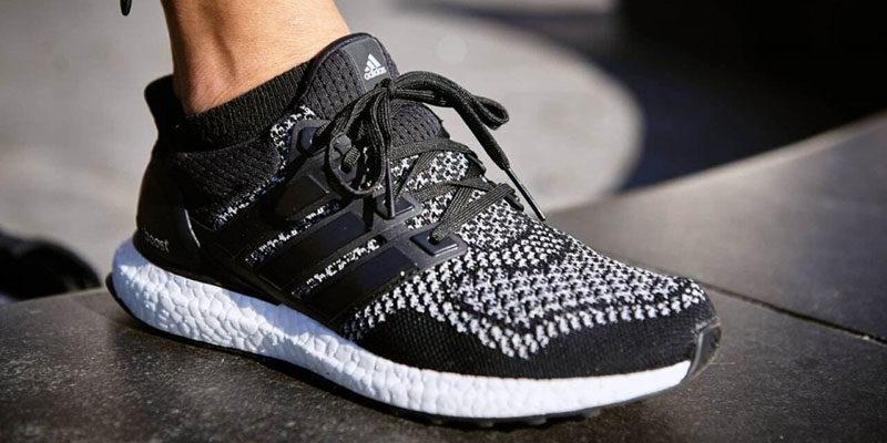 giày Adidas chính hãng