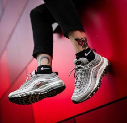 sneaker nữ