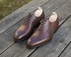 giày nam thông dụng