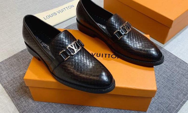 giày nam chính hãng