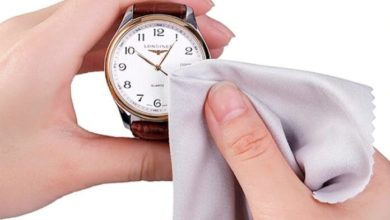 vệ sinh đồng hồ đeo tay
